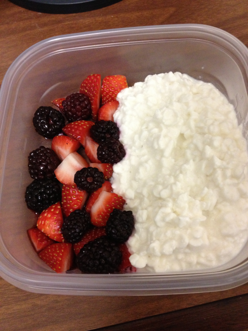 becoming a bikini fitness competitor 10 weeks out: cottage cheese snack