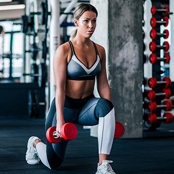 Woman doing Split Squats